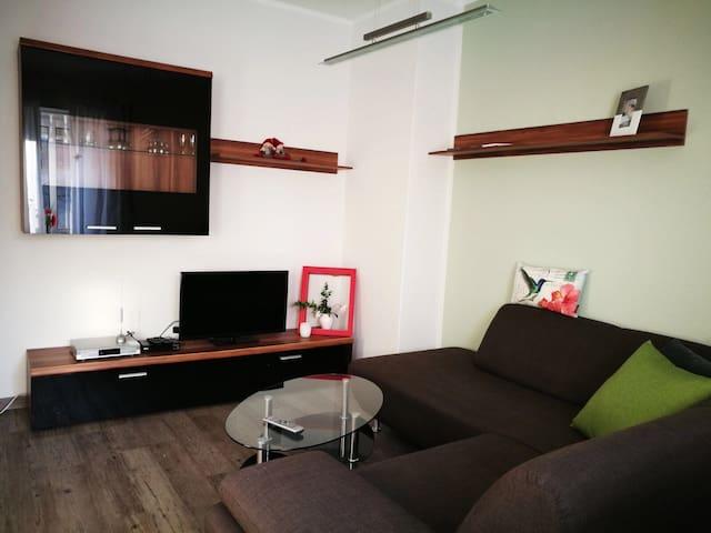 Charmantes Apartment vor Leipzig - Böhlen - Appartement