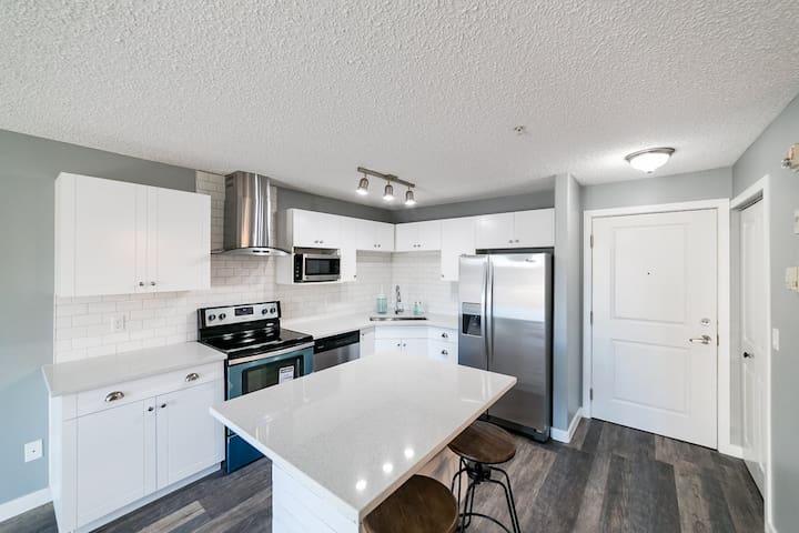 Brewery District (West Downtown) Condo + Parking - Edmonton - Apartemen