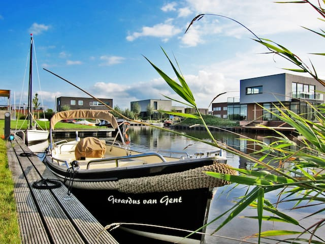 Luxury Bed & Breakfast Sneek - Sneek - Bed & Breakfast