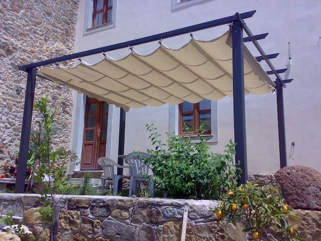 B&B Sardegna nel paese natale di Antonio Gramsci - Ales - Bed & Breakfast
