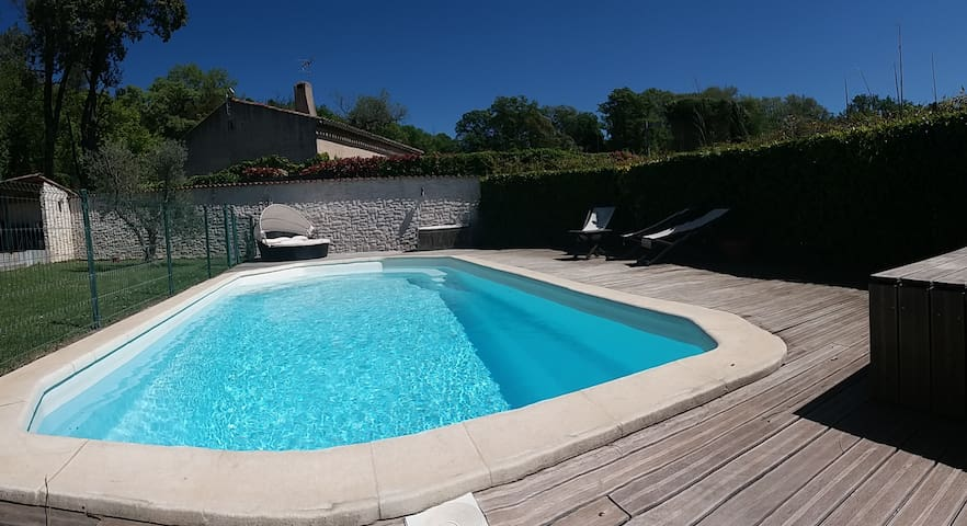 Nice villa with pool - Aix en Provence area - Mimet - Casa
