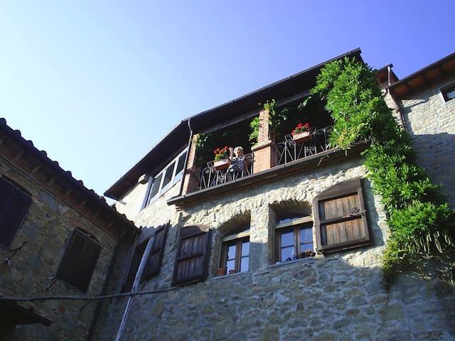 """Appartamento Nella """"Casa dell'Arte"""" in Toscana - Bagni di Lucca - Wohnung"""