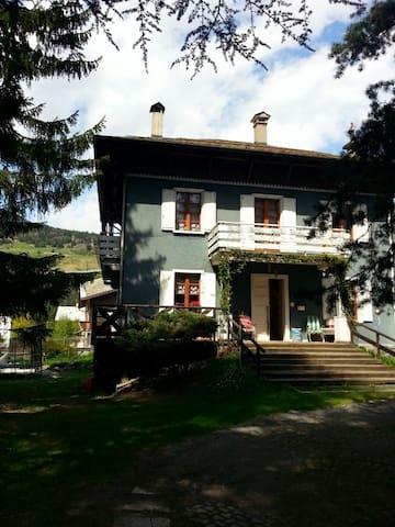 Villa Gianna B&B - Bormio - Bed & Breakfast