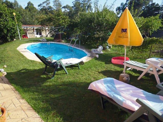 Habitación en casa: cocina, baño, piscina y jardín - Vigo