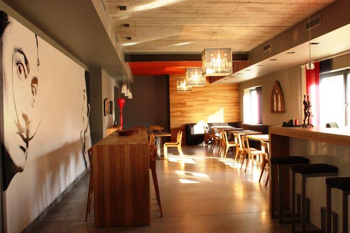 Barcelona Rooms&Restaurant - Mikoszewo - Casa de vacaciones