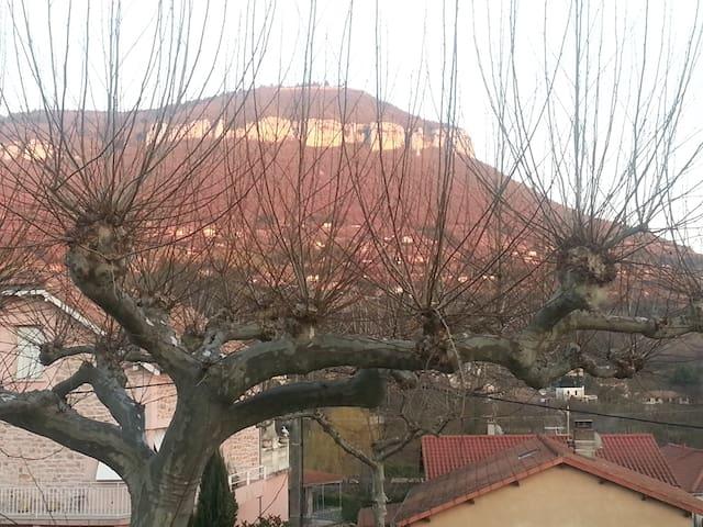 Vue sur la Pouncho d'Agast - Millau - Apartemen