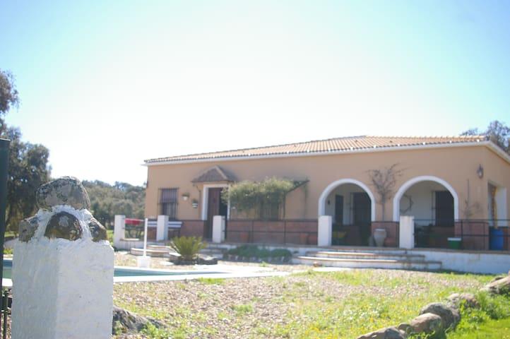 Alojamiento Casa-Campo en Sierra Norte de Sevilla. - Sierra Norte de Sevilla