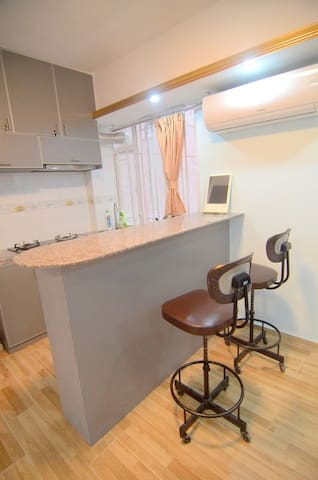 Newly Renovated  apartment in Wan Chai, Hong Kong - Hong Kong - Leilighet
