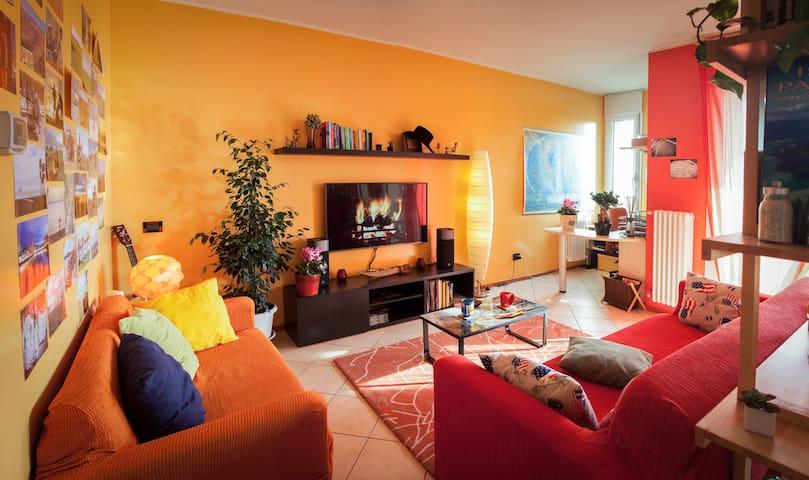 Amazing Duplex near lake Como - Lomazzo - Apartamento