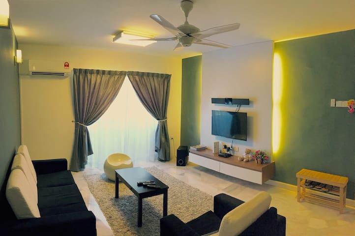 M Lodge l 3 Bedrooms+Free WIFI - Malacca - Huoneisto