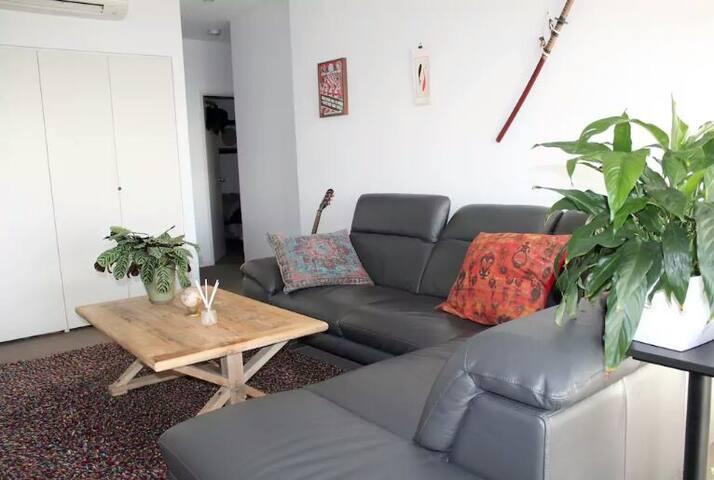 Stylish room West - 桑德巴奇 - Appartement