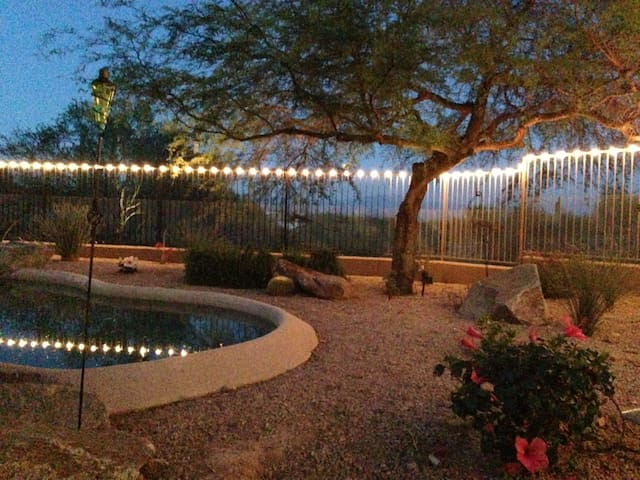 Loaded guest house w/views and pool - Fountain Hills - Haus