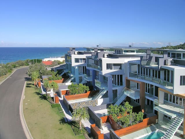 Beachfront Apartment Sunshine Coast - Point Arkwright - Departamento