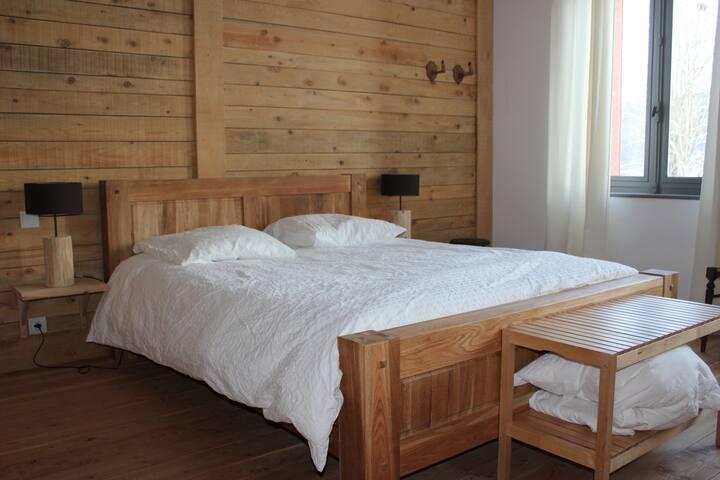 gite et chambres d'hotes la colonie bernadette - Saint-Priest-la-Vêtre - Huis