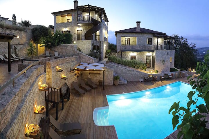 Traditional stone villa -8 people - Kato Asites - Villa