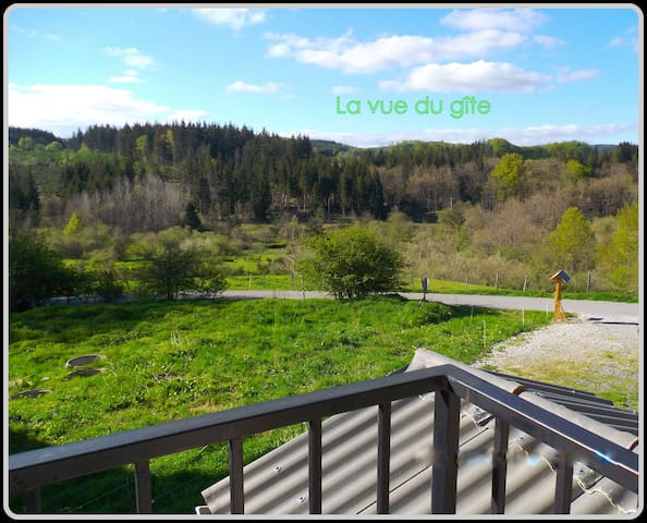 """Gite """"HIVER"""" au coeur de la forêt max 5 personnes - Le Soulié - Lägenhet"""
