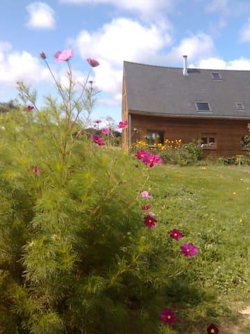 Maison en bois campagne/rivière/mer - Arzal - Casa