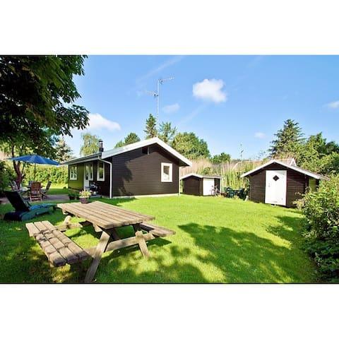Sommerhus i Rågeleje, 400 m fra vandet - Vejby - Kabin