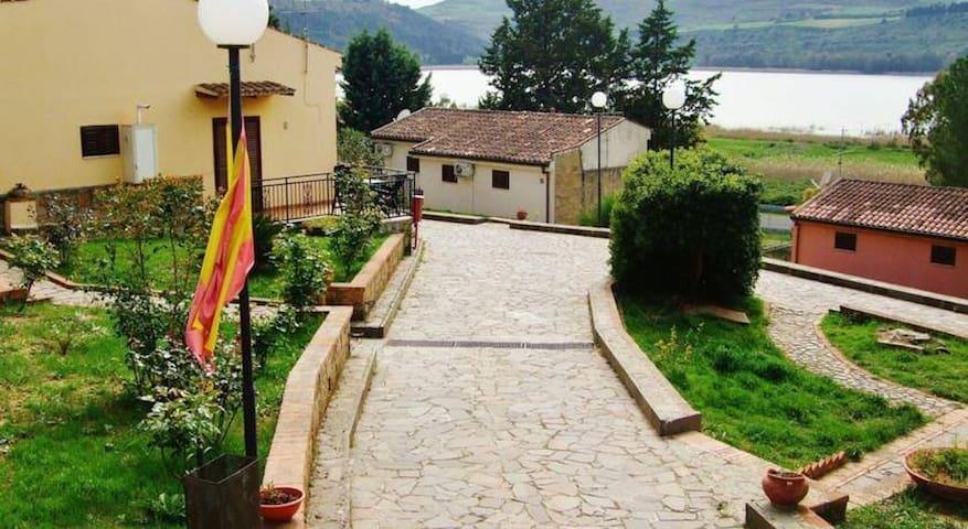 Hotel Garden Villaggio Turistico - Enna - Bed & Breakfast