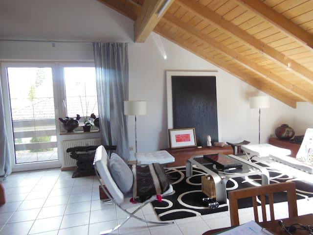 Herrliche Wohnung mit Traumgarten - Laufenburg - Lägenhet