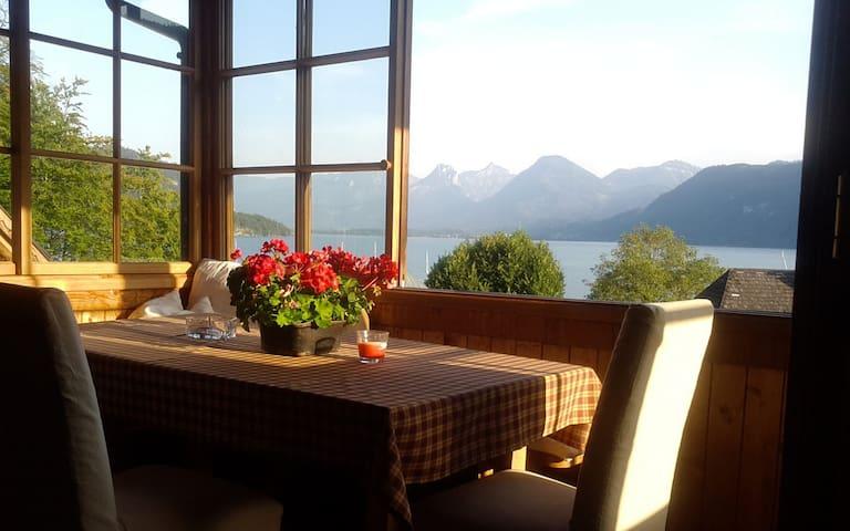 Großzügige DG-Wohnung mit herrlichem Seeblick - Sankt Gilgen - Leilighet