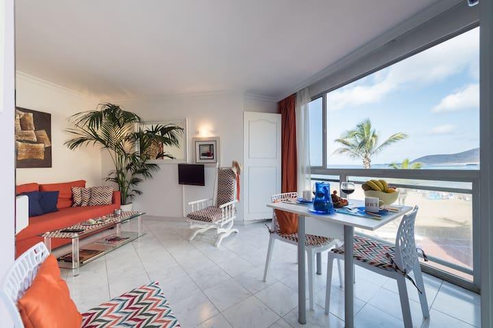 NEW! Beachfront Las Canteras · Amazing views - Las Palmas de Gran Canaria - Apartmen