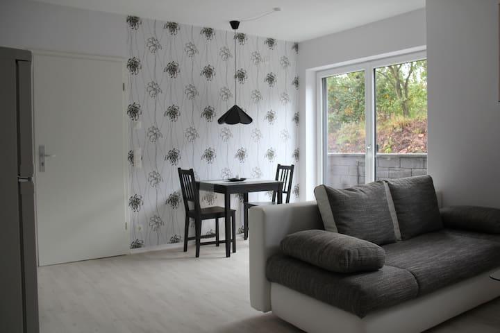 Neue moderne Ferienwohnung - Eppelborn - Apartamento