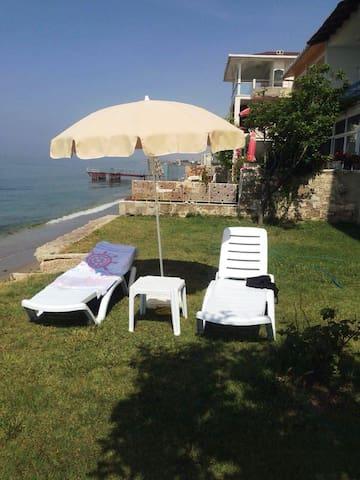 Unique View Private Beach - Büyükçekmece