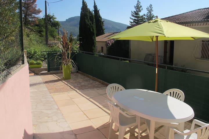 Appartement 2 p. 38m2 terrasse, Drôme provençale - Les Pilles - Appartement