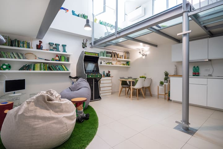 DESIGN HOUSE in the NAVIGLI AREA - Milan - Loft