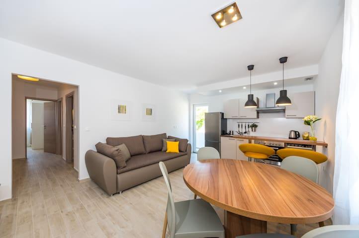 New modern apartment Lapis - Zverinac - Lägenhet