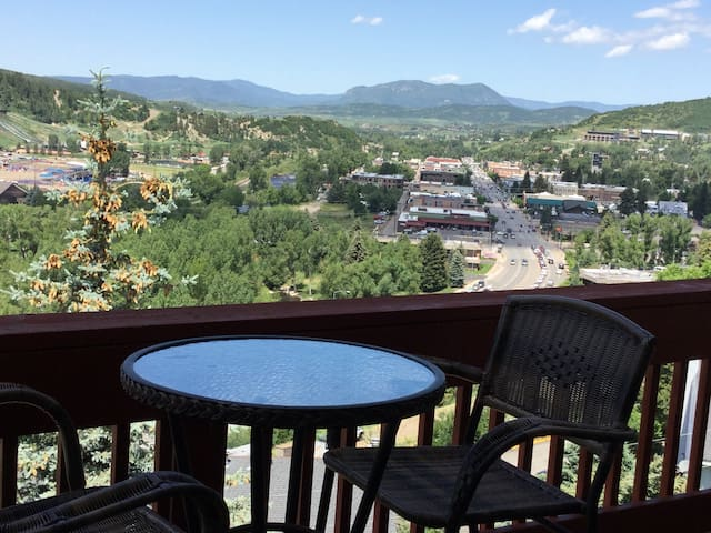Cozy, downtown, with awesome views! - Steamboat Springs - Hus