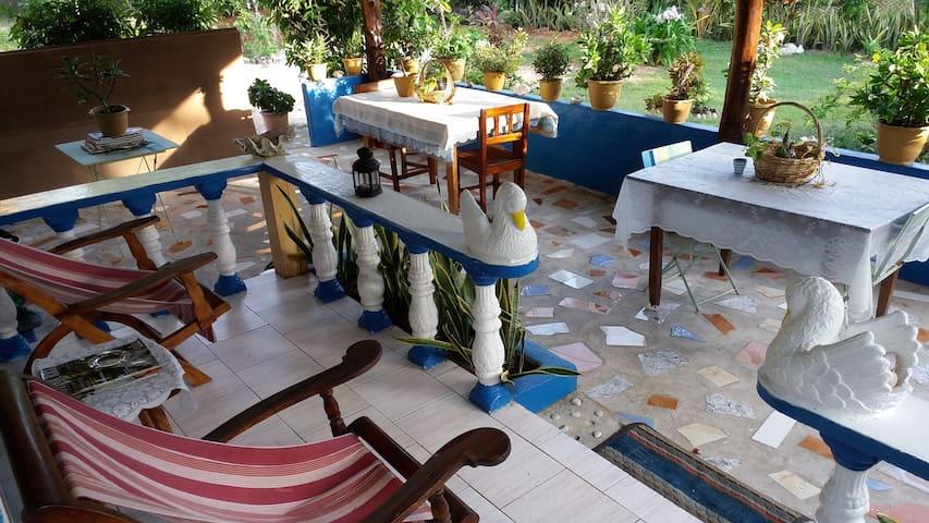 Chez Ahmed Self Catering 1 - La Digue