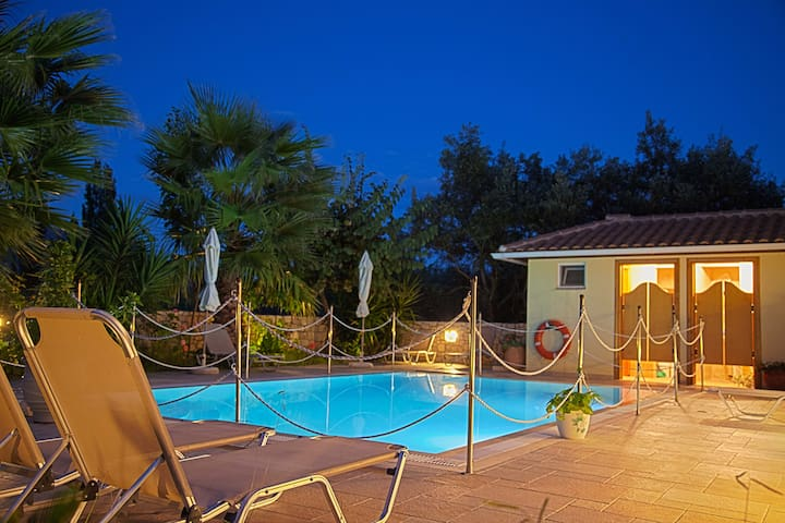 May Special from only 40 euros per night - GR - Appartement