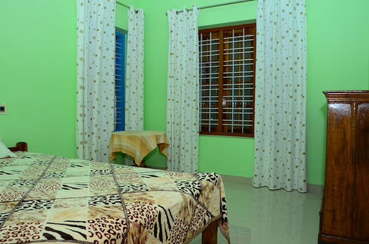 Vaiga Home stay - Kovalam