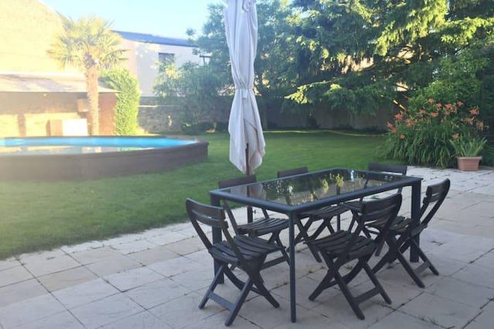 Maison+jardin+piscine+garage : Chambre N°2 - Bressuire - Huis