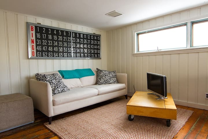 Seaside Nook w/ views of Lanes cove - Gloucester - Appartement