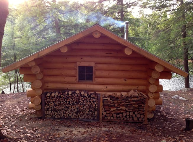 Vermont Log Cabin 3 Ponds 175 Acres - Thetford - Cabaña