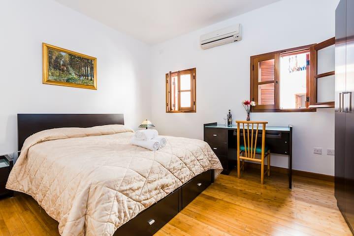 Sweet double room in Spinola Bay, St. Julians - Saint Julian's - Apartament