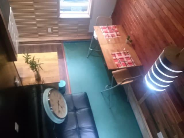 Tiny House Off Hawhthorne (Mt. Tabor) BLVD - Portland - Casa de huéspedes