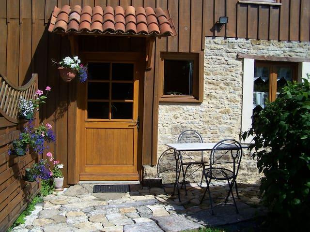 Chambre d'hôte à la campagne - Mouilleron-en-Pareds - Bed & Breakfast