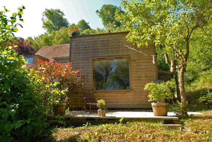Stylish woodland hideaway - Fittleworth - Apartmen