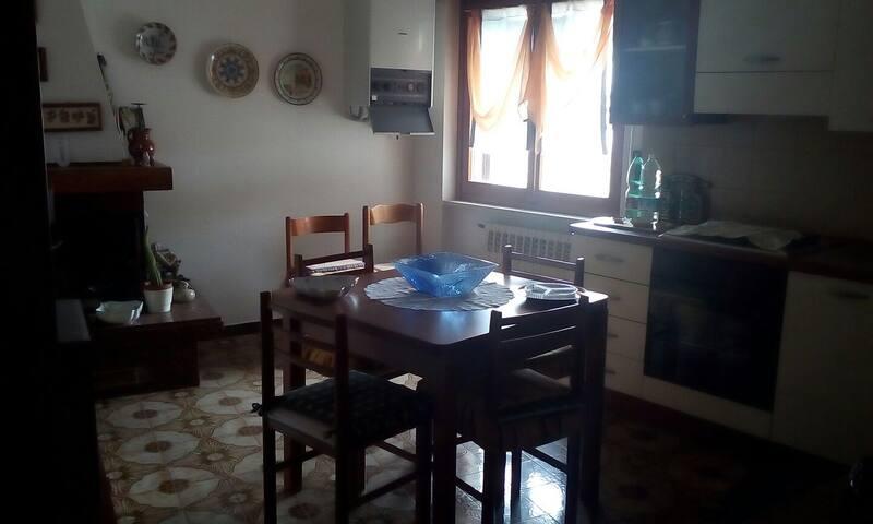 Alloggio al centro del paese - Pietrabbondante - Bed & Breakfast