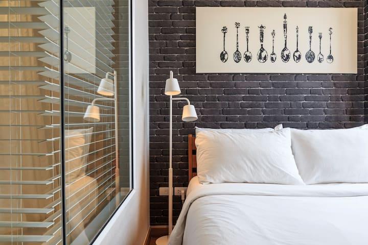 1 Bed Room on BTS Sukhumvit Line - Bangkok - Lägenhet