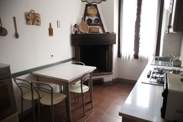 APPARTAMENTO BELLINI, BORNO - Borno - Appartement