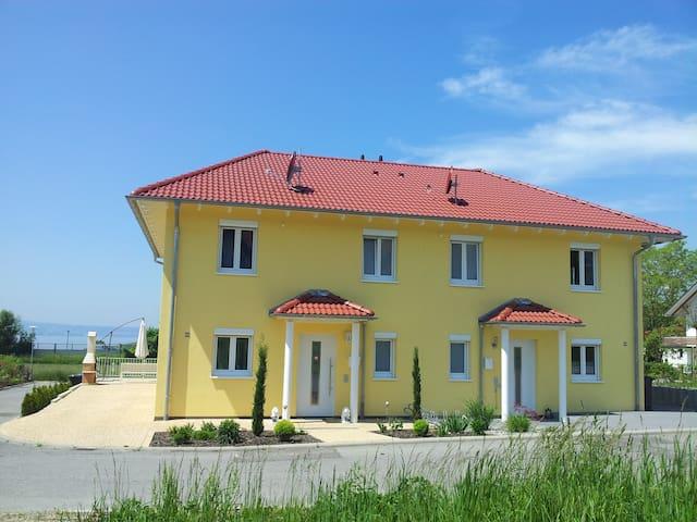 Toskana Villa Bodenseeblick-behindertengerrecht - Stetten - 別荘