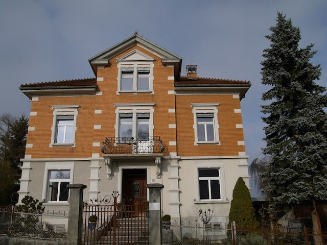 Jugendstilvilla auf dem Land - Buhwil - Villa