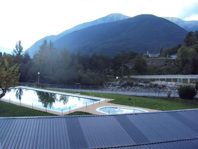 Apartamento en el Pirineo - Broto - Leilighet