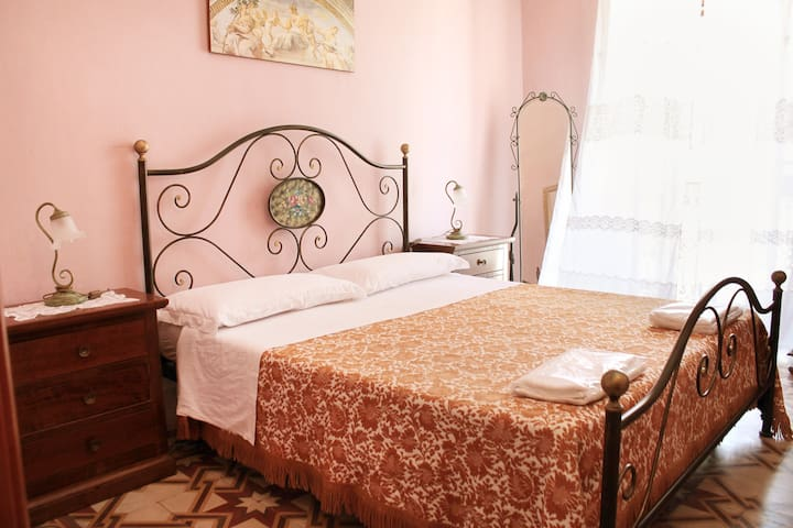"Salento - Puglia - B&B ""Arcobaleno"" - Diso - Bed & Breakfast"