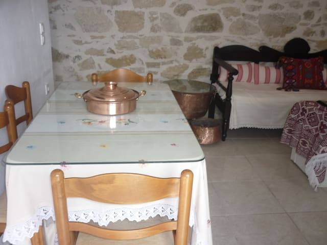 ΤΟ ΠΕΡΑΣΜΑ ΤΟΥ ΔΙΑ - Agioi Deka